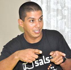 El joven puertorriqueño Rafael Cancel, abogado, habla de su amor a Cuba y la fuerza del arte para hermanar pueblos.
