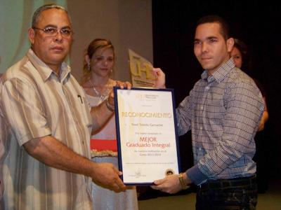 Yasel Toledo Garnache en Graduación 1