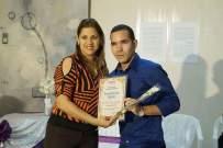 Yasel Toledo Garnache recibe premio periodístico