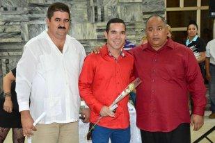 Yasel Toledo Garnache recibe distinción Del esfuerzo la victoria